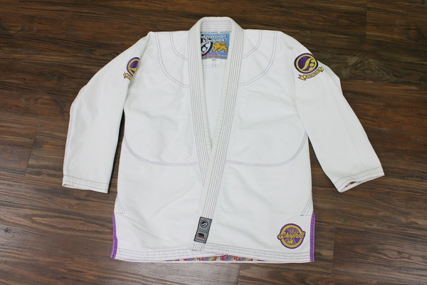 Gi Review: Shoyoroll White Mamba top
