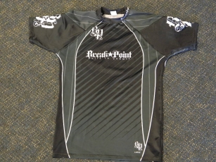 break point rashguard