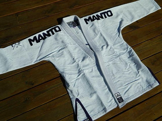 manto-x-bjj-gi-review-jacket-1