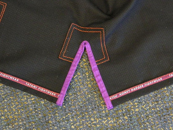 tatami-fightwear-honey-badger-gi-review-stitching