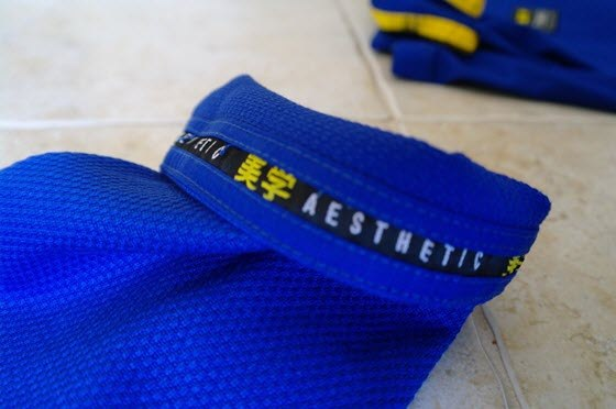 Aesthetic-Aurora-Gi-Review- sleeve-tape