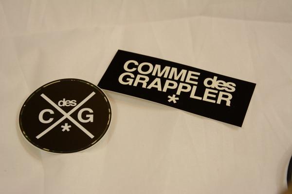 Comme des Grappler woven bag details