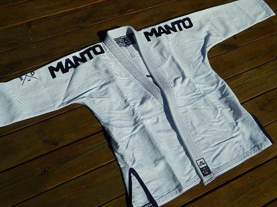 manto-x-bjj-gi-review-jacket-1