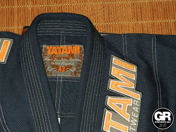 tatami-estilo-4-gi-review-lapel
