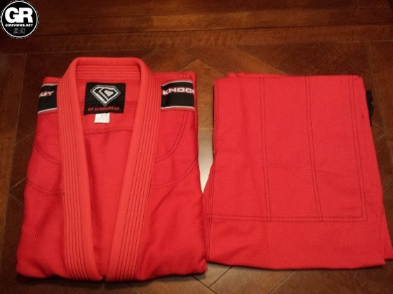 KO Sports Gear Red Gi Review (2)