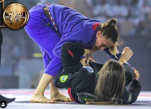 livia giles womens brazilian jiu jitsu